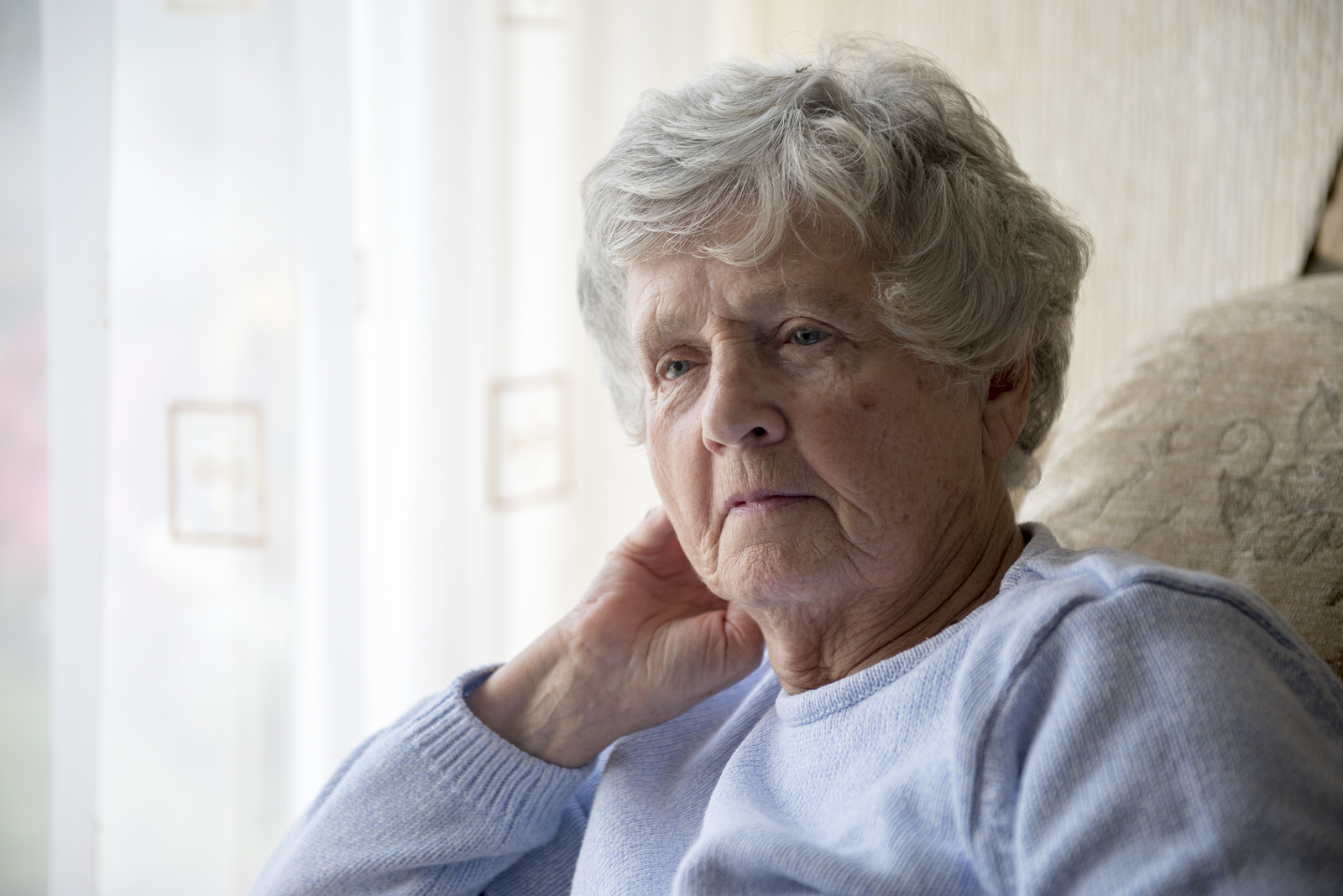Hospice Care in West Chester PA: What Should You Do if Your Senior Is Experiencing Visions at the End of Her Life?